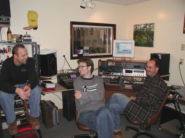 Lorne, Mark Linger of Nashville and Cody discuss recording engineering... and Elvis